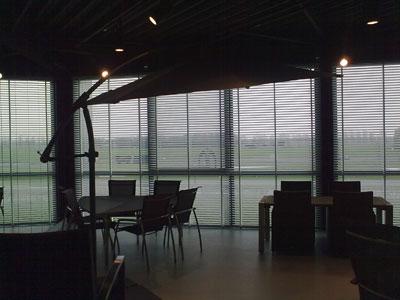 Horizontale jaloezieen geplaats bij Frits Wolf in Beuningen.